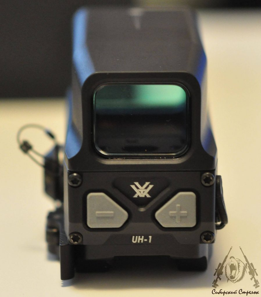 Review and Comparison of Vortex Optics Razor AMG UH1 Holographic Sight vs Eotech XPS2-2 21