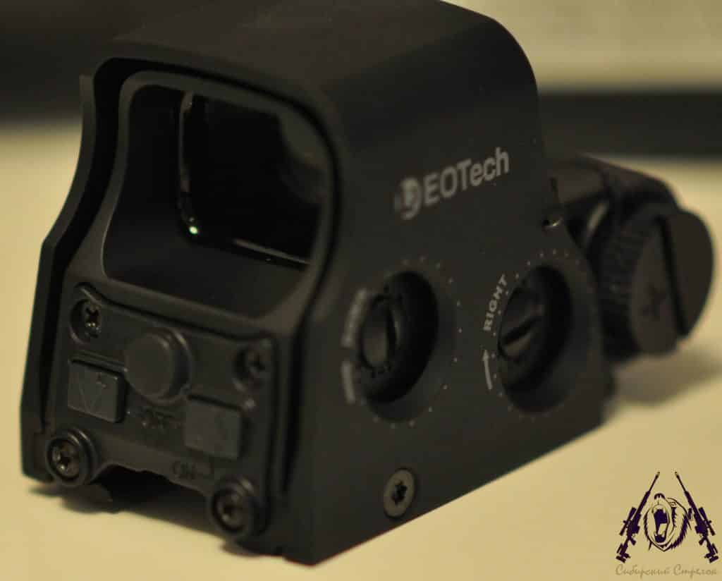 Review and Comparison of Vortex Optics Razor AMG UH1 Holographic Sight vs Eotech XPS2-2 30