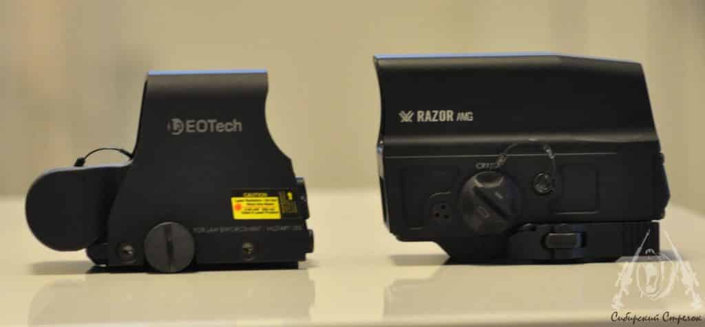 Review and Comparison of Vortex Optics Razor AMG UH1 Holographic Sight vs Eotech XPS2-2 43