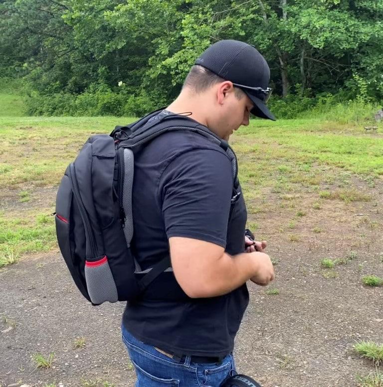 The Secret MASADA Bulletproof Backpack Converts To a Protective Bulletproof Vest IIIA